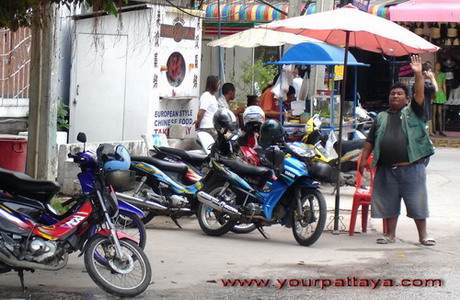 motorcycle taxi pattaya